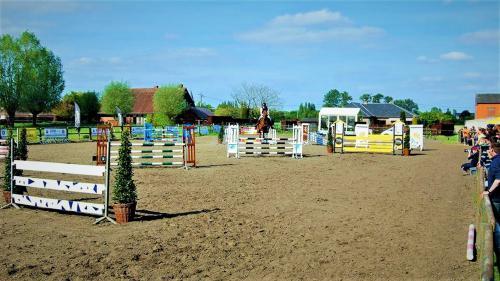 Domein Leiedal - Ruitersclub & Manege Kortrijk