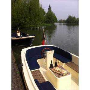 Yachtcharter Gent Unieke citytrip in Gent om er de mooiste plekjes...