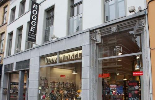 De Gentse Kookwinkel by Maurice Rogge Gent